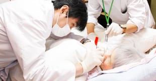 歯科医師(訪問歯科診療)のイメージ